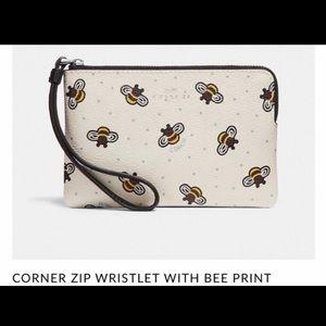 NWT Coach Bee Print Wristlet